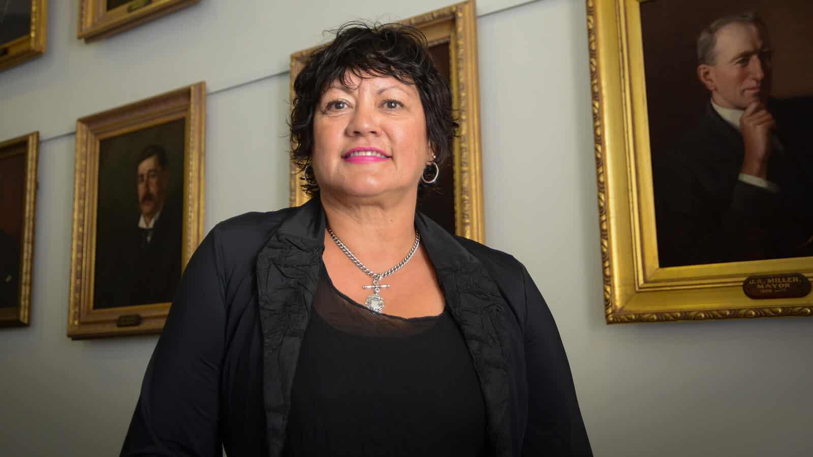 Adrienne Pierce declares for mayor
