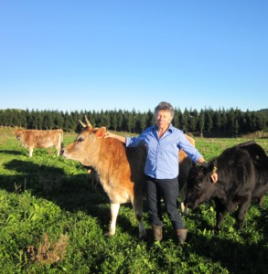 Soil consultant Phyllis Tichinin says data show 1 to 10 tonnes/ha/yr of carbon can be sequestered by proper grazing.